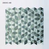Il vetro nero all'ingrosso della Cina riveste le mattonelle di mosaico per la cucina Backsplash