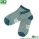 Связанный Unisex хлопок Stripes носки лодыжки