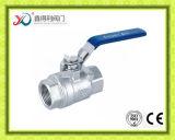 robinet à tournant sphérique fileté par femelle de l'acier inoxydable 2PC avec le levier de blocage