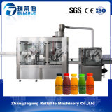 1つのプラスチックによってびん詰めにされる熱いフルーツジュースの充填機に付き無菌3つ