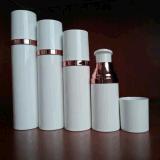 De modieuze Kosmetische Verpakkende Fles Zonder lucht van de Output van de Room 0.5cc van de Zorg van de Huid