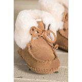 Montantes macios unisex do bebê do inverno da pele de carneiro de Soled