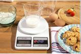 mit LCD-Bildschirmanzeige und Leergewicht-Funktion-Weißer Digital-Küche-Schuppe