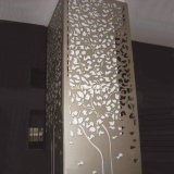 Панель угловойого габарита алюминиевая и декоративная панель стены