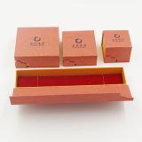 Flannelette que reune a caixa de papel extravagante do terno do presente para a jóia (J63-E2)
