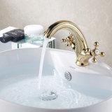 Robinet de bassin monté par paquet en laiton de Bath de peinture d'or de Flg
