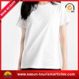 T-shirt clássico das mulheres, t-shirt feito sob encomenda das mulheres, t-shirt impresso das mulheres