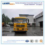 Camion de balayeuse de Dongfeng 4X2 LHD avec le grand distributeur d'ordures de capacité