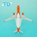 飛行機のテーマのギフトA320 Easyjet 18.8cmの模型飛行機