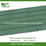 A telha de telhadura do metal com microplaquetas de pedra revestiu (a telha clássica)