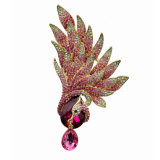 Broche plaqué or strass en or plaqué or