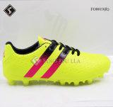 Le football extérieur de mode amorce des chaussures du football pour les hommes