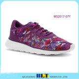 De Kwaliteit die van de Verkoop van Besting Toevallige Schoenen voor Vrouwen in werking stellen
