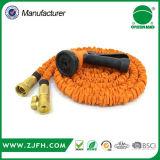 Tuyau extensible flexible d'approvisionnement d'usine avec les garnitures en laiton
