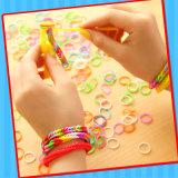Brinquedo das faixas de borracha dos miúdos com doces