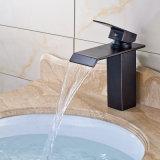 Faucet de bronze da bacia para o banheiro