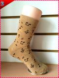 Material del poliester de los calcetines de las mujeres del invierno