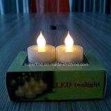 Plastique à piles de clignotement DEL Tealights d'ambre sans flammes romantique