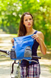 Facendo un'escursione zaino 35L con il sacchetto del nylon del coperchio della pioggia e del poliestere dell'unità di elaborazione 410d