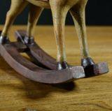 品質のレトロの揺り木馬のホーム装飾表の装飾の樹脂の置物の彫像