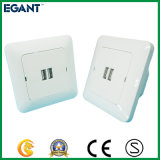 2 USB 운반 AC 벽면 소켓 힘 접합기 안전 전화 충전기 출구는 이중으로 한다