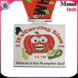 2017 Medaille van de Legering van het Zink van het Email van de Marathon van Halloween van de Leverancier van de Medaille van China de In het groot Zachte