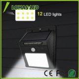La seguridad brillante solar impermeable al aire libre del sensor de movimiento enciende luces solares del LED