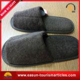 珊瑚の羊毛のホームスリッパまたはホテルのスリッパの航空のためのスリッパのための良質