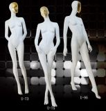 Mannequins fêmeas lustrosos elevados para o vestido de noite