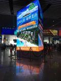 Installazione P4 LED dell'interno del centro commerciale che fa pubblicità allo schermo