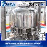 Máquina de rellenar del agua pura automática llena de la botella