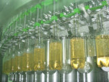 Birra che riempie & che ricopre la macchina di Mobobloc