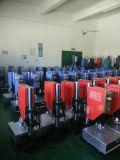 Máquina de soldadura ultra-sônica de Chenghao 20k 2000W para a soldadura plástica do diodo emissor de luz