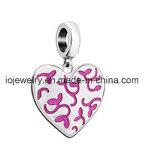 Флористический выгравированный шарм сердца с Fuchsia эмалью