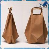 カスタマイズされた卸し売り紙袋またはギフトの紙袋またはショッピング紙袋かクラフト紙袋