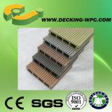 Decking de WPC avec le prix modéré en Chine