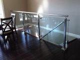 緩和されたガラスのステンレス鋼のBalusterの柵