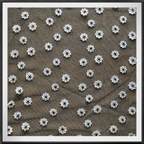 ポリエステルスパンの網の刺繍のレース3Dの花の刺繍のレース