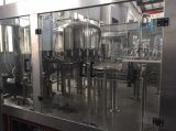 Máquina de rellenar en botella automática del agua potable