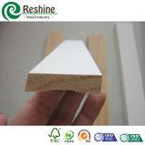 Do revestimento interior do teto do dedo branco molde de madeira aprontado junção