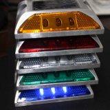Ein seitlicher Aluminiumstraßen-Stift des sonnenenergie-Grün-LED