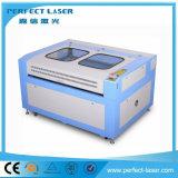 Cortadora del grabado del laser del CO2 para la tarjeta de acrílico del PVC de madera
