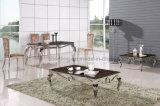 De Marmeren die Eettafel van het Meubilair van het huis voor Verkoop wordt geplaatst