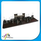 Le piano Élevé-Lustré a laqué le grand stand en bois de luxe d'exposition de montre de forces de défense principale