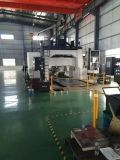 容易な操作の高性能CNCの旋盤棒送り装置の自動車の送り装置