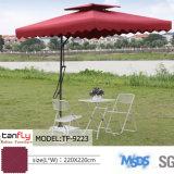 Parapluie en porte-à-faux de parasol de patio de jardin de jardin de nuance extérieure de Sun