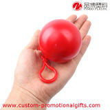 Impermeable impermeable disponible claro plegable en la bola de Keychain