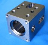 Komplizierte Edelstahl-Präzisions-maschinell bearbeitenteil für vielfältigen Block