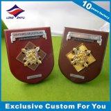 Изготовленный на заказ металлопластинчатый и деревянный трофей для металлической пластинкы сувенира