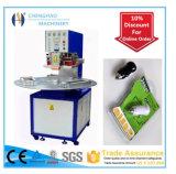 Ce approvato, macchina imballatrice della bolla di plastica ad alta frequenza delle tre stazioni per l'imballaggio del pacchetto di bolla del PVC, dalla Cina